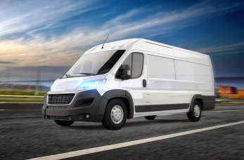 Przewóz a transport. Jak uzyskać licencję na transport krajowy i międzynarodowy?