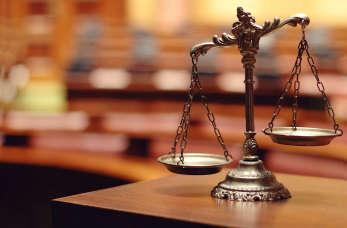 W jaki sposób adwokat jest w stanie pomóc przedsiębiorcy?