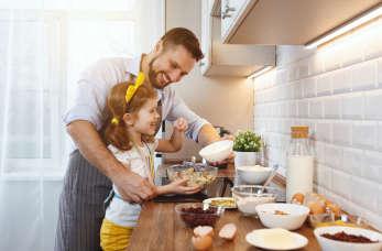 Aranżacja małej kuchni. Jak urządzić kuchnię w bloku?