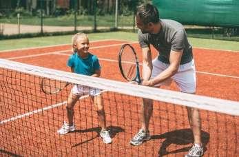 Gra w tenisa jako dobry sposób na aktywność fizyczną