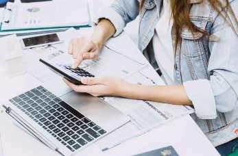 Rozliczanie przedsiębiorstwa – jakie usługi w tym zakresie świadczą księgowi?