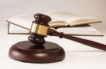 Pomoc radcy prawnego w sprawach z zakresu prawa cywilnego i karnego