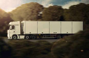 Profesjonalna obsługa logistyczna w firmie PGL