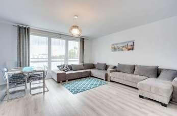 Komfortowy wypoczynek nad morzem – wynajmij apartament!