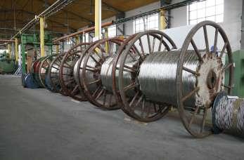 Czym wyróżniają się kable dla taboru kolejowego i górnictwa?
