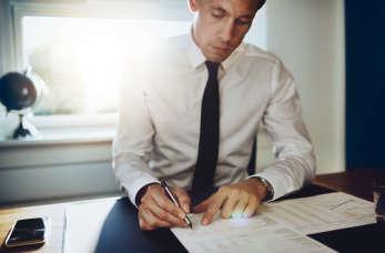 Na czym polega praca brokera ubezpieczeniowego?