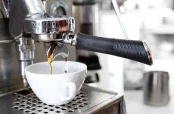 Ekspresy do kawy w różnych odsłonach. Przegląd dostępnych modeli