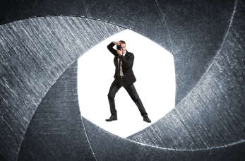 Urządzanie szpiegowskie dostępne na rynku