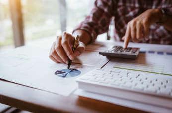 Opłacalność korzystania z outsourcingowych usług księgowo-rachunkowych