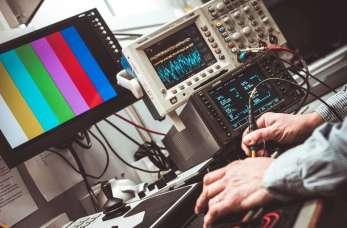 Czym zajmuje się specjalistyczny serwis urządzeń geodezyjnych?