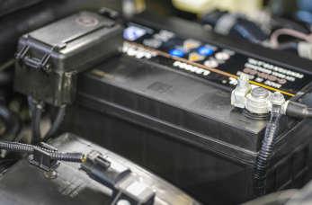 Jakie rodzaje akumulatorów samochodowych są dostępne na rynku?
