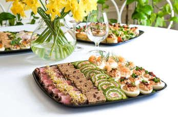 Impreza bez stresu – parę słów o cateringu