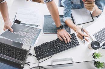 Firma programistyczna Talent Plus – dla biznesu z innowacjami!