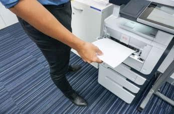 Wybór dobrego sprzętu wielofunkcyjnego dla biura!