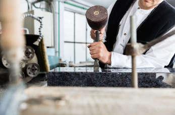 Kamieniarstwo – dla branży funeralnej, a także wnętrzarskiej