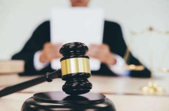 Usługi radcy prawnego dla firm – co wchodzi w ich zakres?