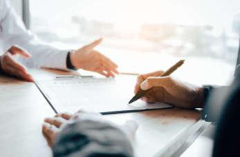 Ubezpieczenie firmy z doradcą – co możesz zabezpieczyć?