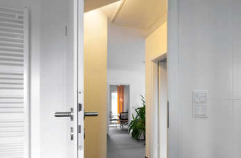 Jakie prace warto uwzględnić podczas remontu mieszkania lub domu?