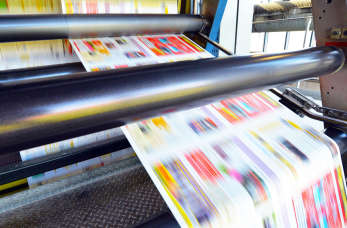 Materiały reklamowe przygotowane w specjalistycznej drukarni