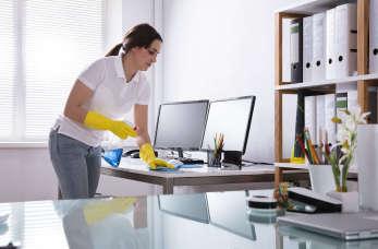 Komu powierzyć sprzątanie biura?