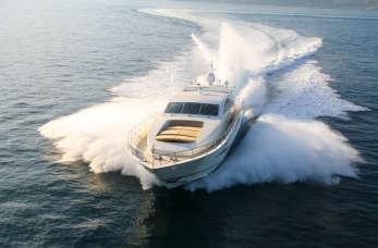Komfortowy rejs – wyposażenie jachtu