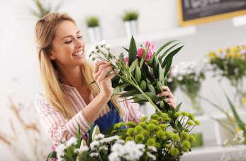 Na jakie okoliczności warto zamówić oprawę florystyczną?
