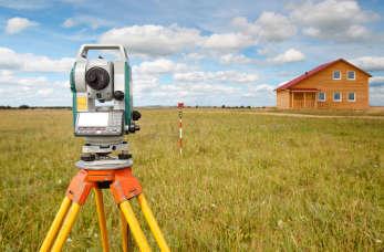 Do czego będzie potrzebny geodeta podczas budowy domu jednorodzinnego?