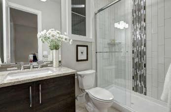 Najmodniejsze rozwiązania łazienkowe 2019 roku – jaką kabinę prysznicową wybrać?