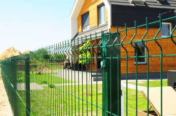 Ogrodzenia panelowe - dlaczego warto się na nie zdecydować?