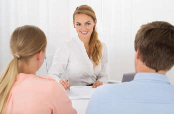 Dobry agent ubezpieczeniowy – poznaj sekrety jego pracy i kompetencji!