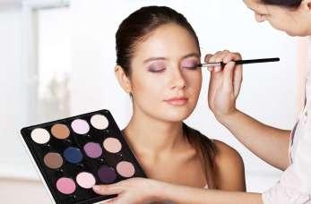 Makijaż permanentny – metoda piórkowa