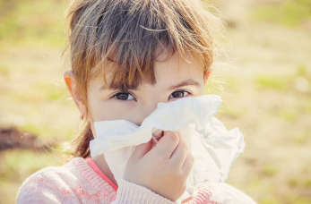Alergia u dzieci i niemowląt – przyczyny i leczenie