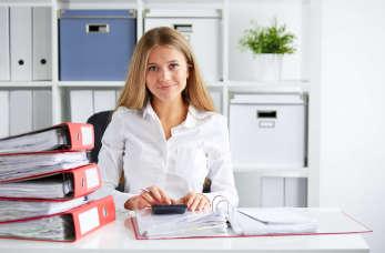 Małe i średnie przedsiębiorstwa – czy warto korzystać z usług księgowych?