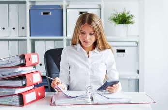 Jakie profity przynosi korzystanie z usług profesjonalnego biura rachunkowego?