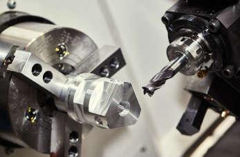 Obróbka metali i tworzenie części do maszyn