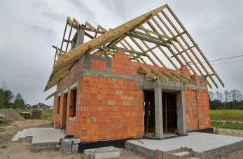 Jak wybrać właściwą pomoc przy budowie domu?