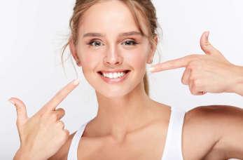 Kosmetyczne wybielanie zębów- sposób na piękny uśmiech.