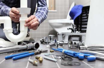 Skuteczny i profesjonalny hydraulik – jak wybrać tego dobrego?