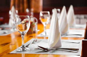 """Karczma """"Krzewi Róg""""- idealne miejsce do zorganizowania rodzinnej uroczystości."""