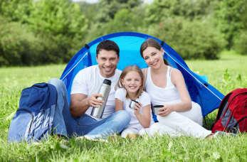 Na co zwrócić uwagę, wybierając pole namiotowe dla rodziny z dziećmi?