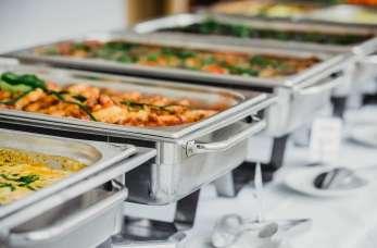 Sprzęt gastronomiczno-eventowy niezbędny do organizacji imprez i cateringu