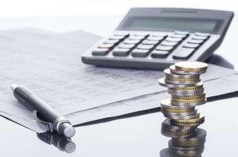 Biuro rachunkowe, samodzielna księgowa czy księgowość internetowa?