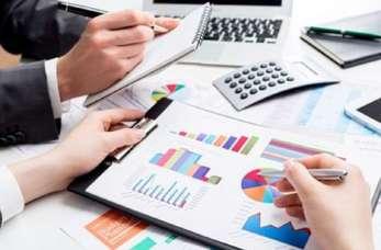 Dlaczego warto korzystać z usług zewnętrznej księgowej?