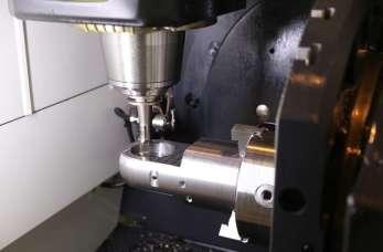 Wybór maszyn do obróbki metali - nowe czy używane?