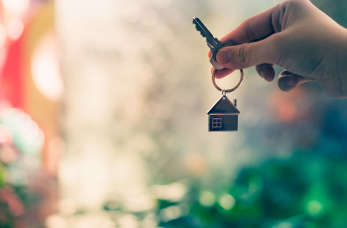 Dom z bali czy murowany – który wybrać?