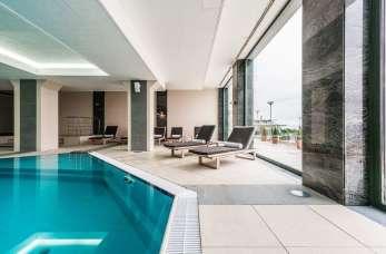 Zalety hoteli wyposażonych w basen