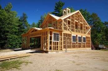 Budowa domu z drewna – korzyści