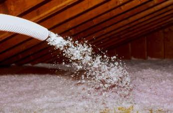 Korzyści z ocieplania stropodachu pianą PUR