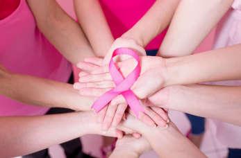 Rak piersi – jak szybko go rozpoznać? Na czym polega leczenie?