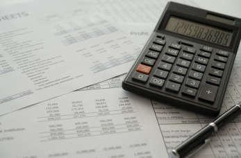 Kiedy warto poprosić o pomoc doradcę podatkowego?